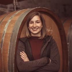 Weingut Bastianshauser Hof - Familie Erbeldinger -Theresa